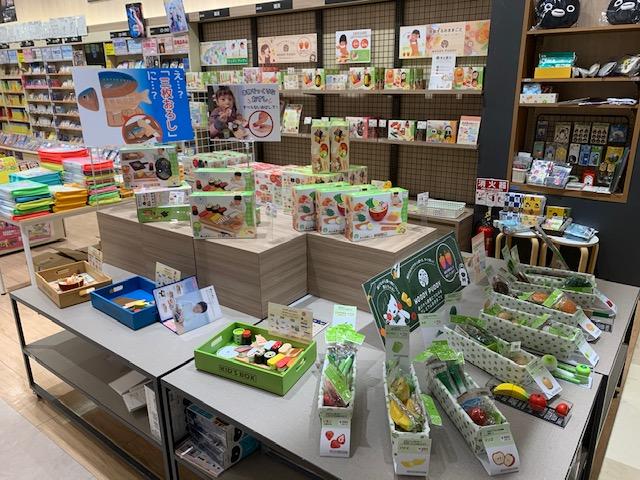 紀伊國屋書店:知育玩具「WOODY PUDDY」フェア開催中!!